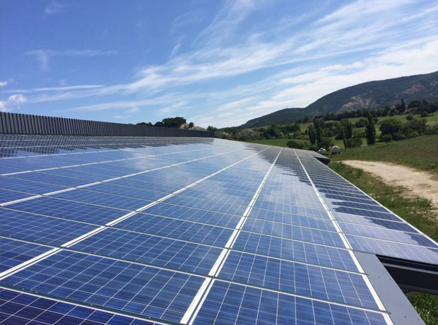 Fostering strong commitment towards renewable energy